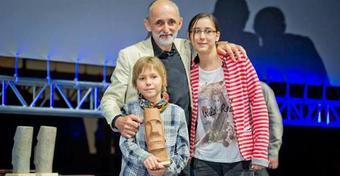 """""""Spotkania Samosterowe"""". Kazimierz, Nel i Noe Ludwińscy opowiedzieli o 9-letniej wyprawie dookoła świata"""